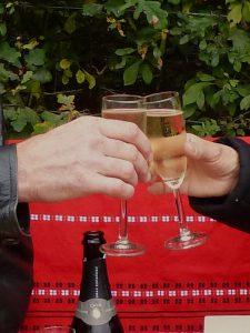 Een feestje uit de rugzak met een bekroonde wijn van Hoeve Nekum